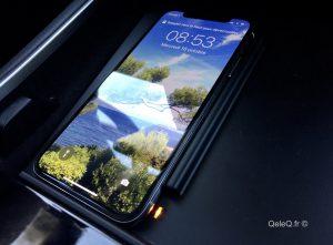Dossier accessoires Tesla Model 3 chargeur sans fil iPhone / Android