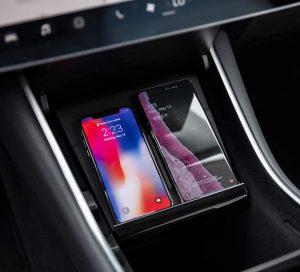 Volwco Chargeur sans Fil Qi pour Tesla Model 3, avec Deux Ports USB Chargeur sans Fil intégré Chargeur à Induction pour iPhoneXS/XS Max/XR/X/8/8Plus, Galaxy S9, Huawei et Appareil Qi