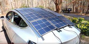 Panneaux solaires pour recharger Tesla Model 3