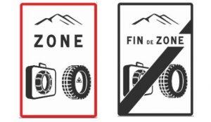 panneau equipement pneu neige et chaine obligatoire suite à loi montagne 2 novembre 2021